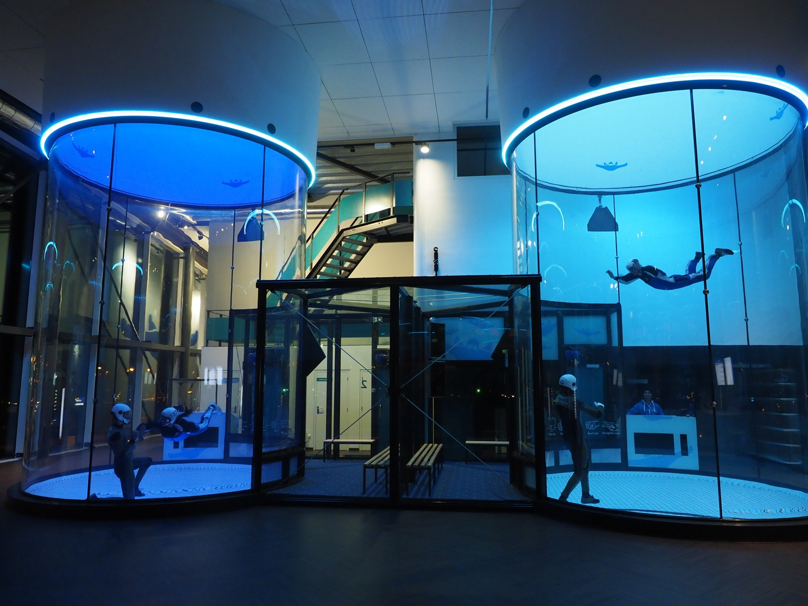 CitySkydiveWP WINACTIE 2 in 1: indoor skydive sessie & Escape Room The Game