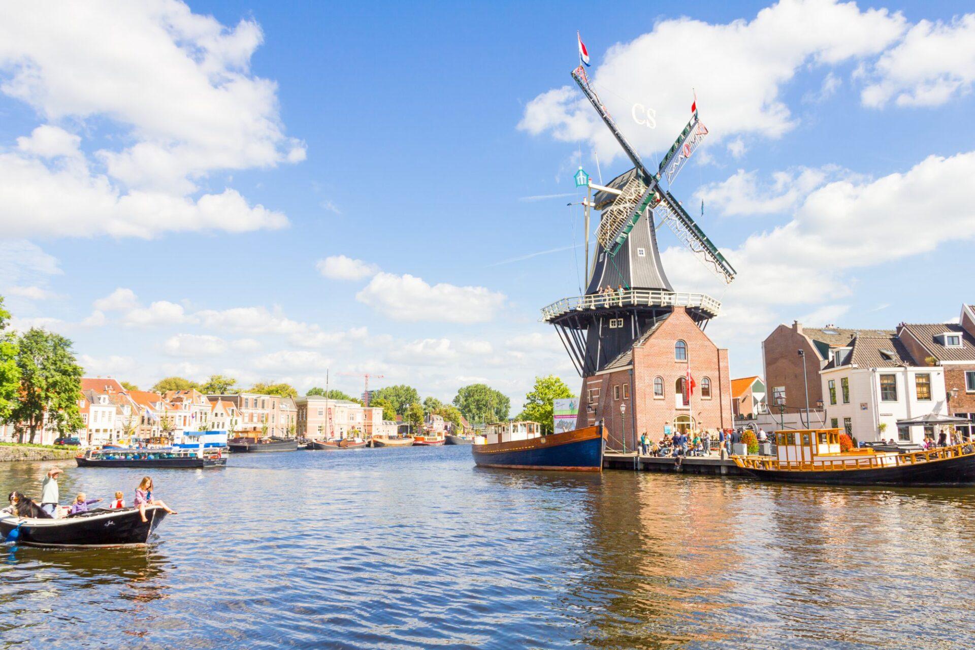 shutterstock 253959418 e1554978755691 Deze hotspots in Haarlem mag je zeker niet missen!
