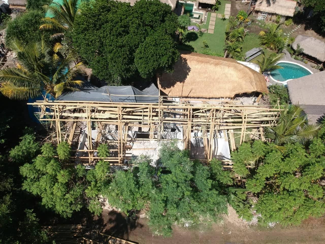 Drone shot opbouw Villa Nangla