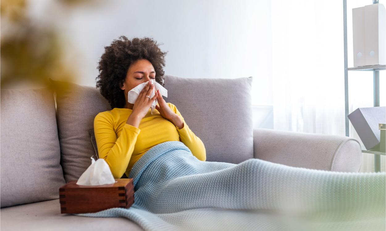 verschil tussen hooikoorts en het coronavirus