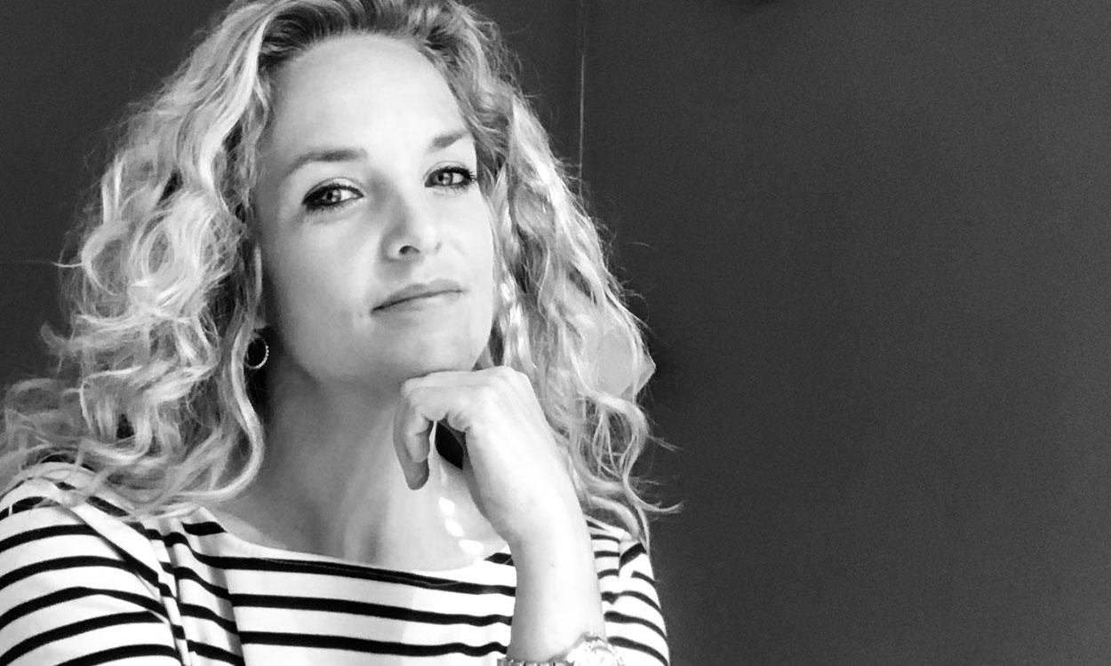 Header irma Irma is plusmama: 'Ineens zat ik met twee kinderen op de bank'