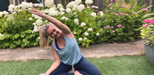 Yoga met Myrna, deel 10 (easy summerflow)