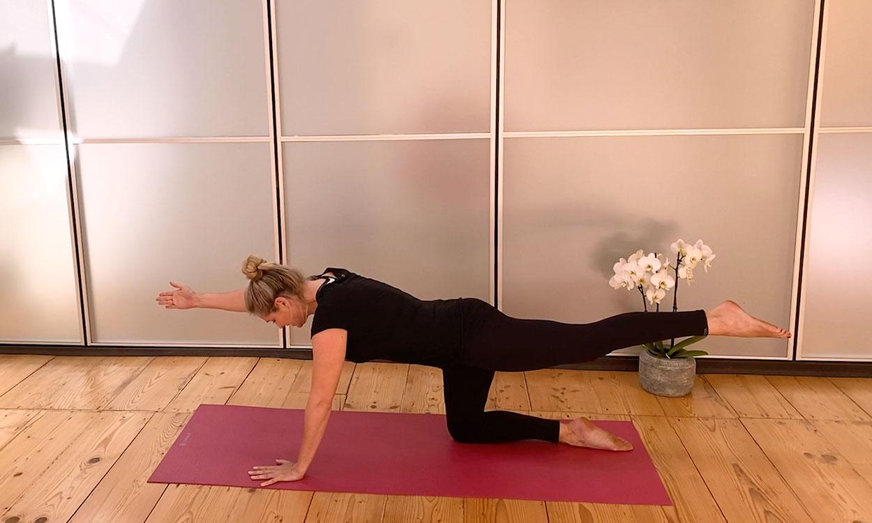 Yoga versterken van je rug