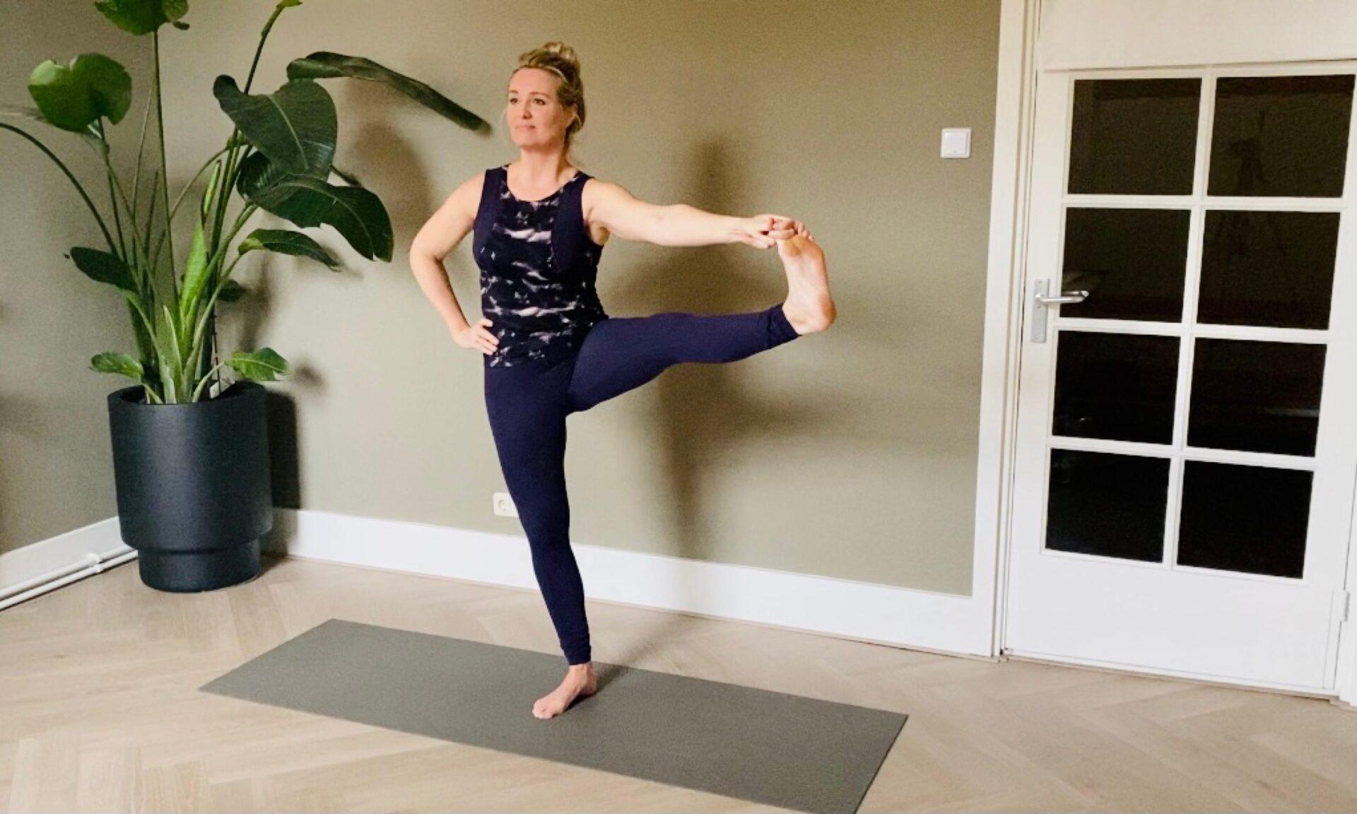 yoga om benen te versterken