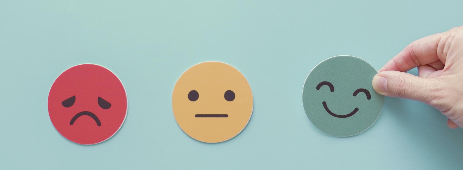 shutterstock 1801474633 2 Relatie-expert Ruud de Goeij over waarom het geven van complimenten zo belangrijk is